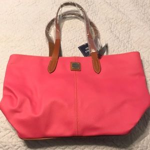 Brand New Dooney & Bourke Large Purse & Wristlet
